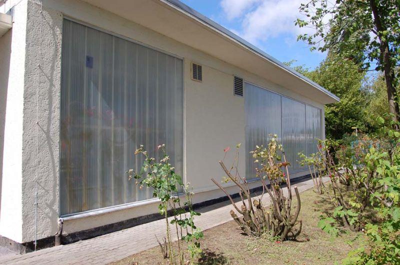 graffiti von plexiglas entfernt farbanstrich erneuert eurawasser rostock. Black Bedroom Furniture Sets. Home Design Ideas